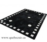 Grand tapis en peau de vache noir et blanc. 100572 MG