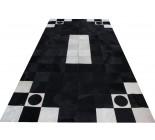 Grand tapis en peau de vache noir et blanc.100574 MG