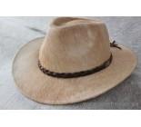 Chapeau western en peau de vache. 100920