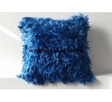 16' Coussin en chevre d Angora Bleu. 100992