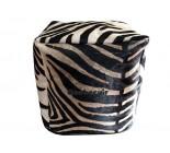 20' Grand pouf en peau de vache zebre. 102035