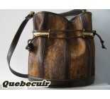 Cowhide Handbag. Code 20022084.