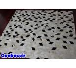 900692  cowhide rug tapis peau de vache PATCHWORK