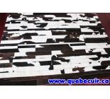 999898  cowhide rug tapis peau de vache
