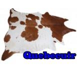 A 10208  Cowhide rug Tapis peau de vache  Collection Quebecuir Premium