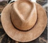 100 % Chapeau western en peau de vache A 10482