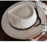 100 % Chapeau western en peau de vache A 10502