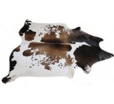 A 32342  Cowhide rug Tapis peau de vache   Collection Quebecuir Premium