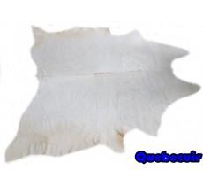 A 9145  Cowhide rug Tapis peau de vache Collection Quebecuir Rustique